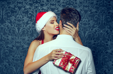 5 postures to enjoy with a luxury escort this Christmas