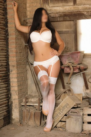 Laura colombian escort in Barcelona