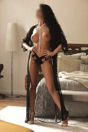 Nadia spanish escort in Barcelona