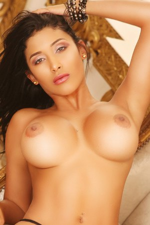 Natalia colombian escort in Barcelona