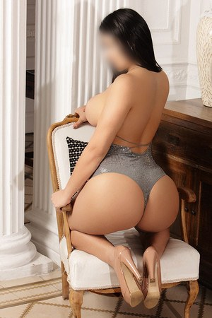 Luciana colombian escort in Barcelona