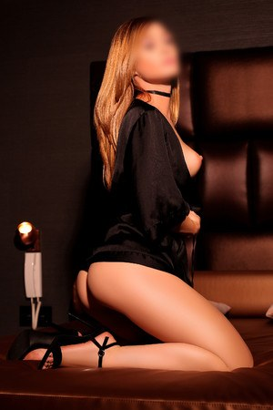 Paola spanish escort in Barcelona