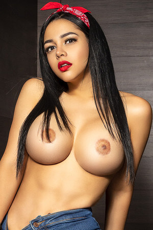 Veronica colombian escort in Barcelona