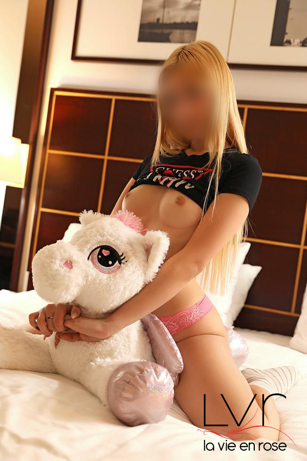Alessandra spanish escort in Barcelona