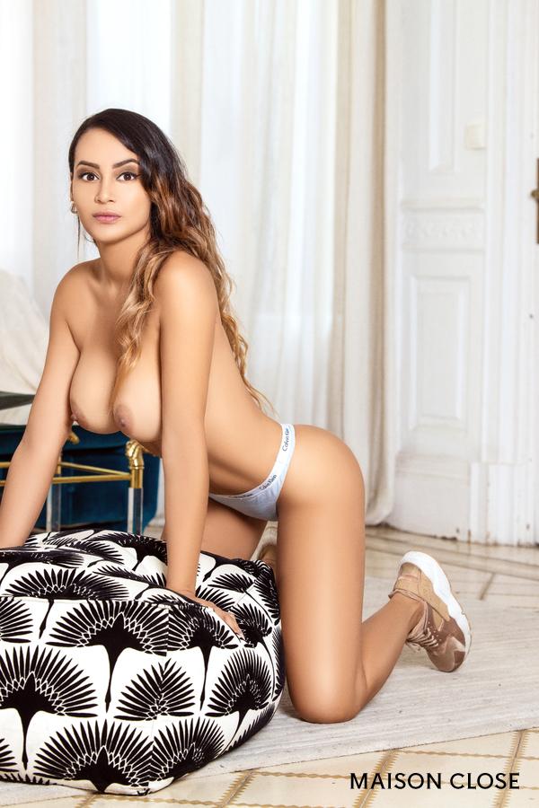 Brenda, escort Colombiana en Barcelona experta en masajes eróticos