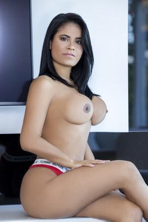 Penélope venezuelan escort in Barcelona