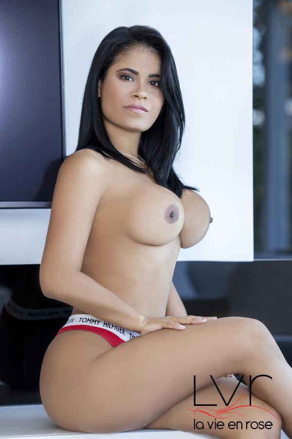 Penélope escorte vénézuélienne dans Barcelone