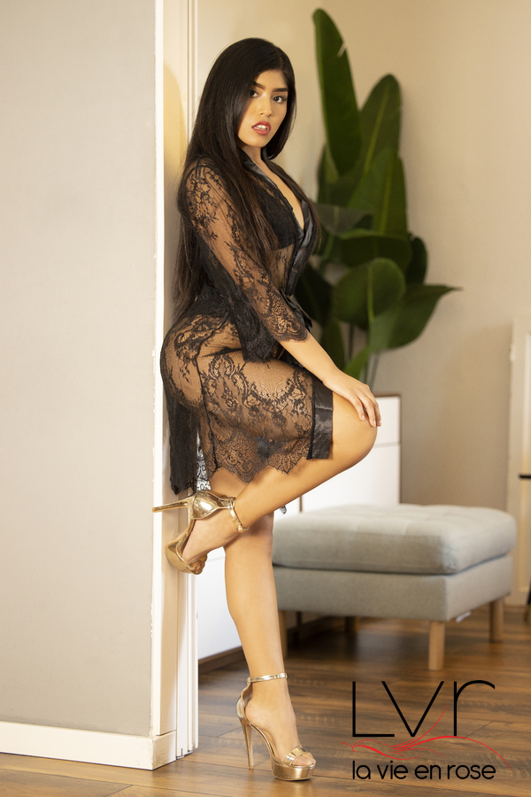 Rebecca, agradable escort en Barcelona de 18 años