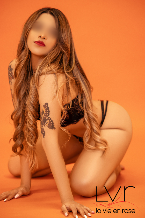 Amber latin escort in Barcelona